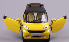1:24 SMART Alloy Car Model Pull Back Vehicles Kids Toy Sound and Light Yellow