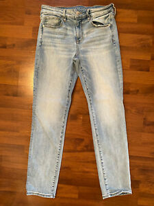 Womens Size 10 American Eagle Super Stretch Skinny Jeans Medium Wash