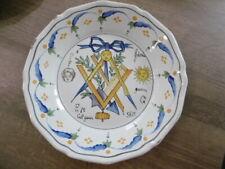 Ancienne assiette en faience de Nevers décors révolutionnaire maçonnique