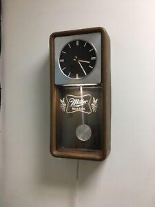 VINTAGE MILLER HIGH LIFE BEER CLOCK!!!!
