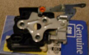 NOS 2005-09 Chevrolet Uplander Pontiac SV-6 2005-07 Terraza Rear Side Door Lock