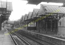 Holmfield Railway Station Photo. Ovenden - Queensbury. Halifax to Bradford. (1)