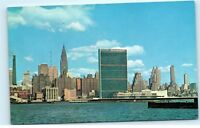 Manhattan NY NYC New York City Skyline UN Secretariat Vintage Postcard A83