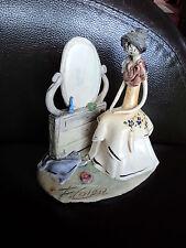 Outstanding vintage italien poterie signé figurine d'une femme assise à dresser