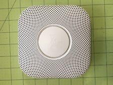 Nest Protect 06A Smoke & CO Alarm w/ Bracket Mounting Plate
