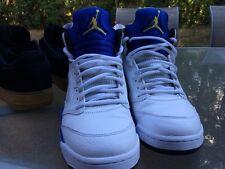 Jordan Laney 5's Size 9