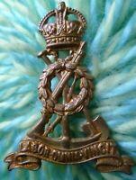 Royal Pioneer Corps Cap Badge Labor Omnia Vincit Badge KC Brass 2 Lugs