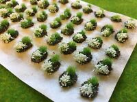 White Mini Flower and Grass Dioramas -Model Scenery Static Tufts Railway Wargame