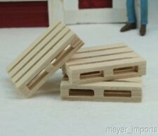 Wooden Pallets - set of 4 - G Scale- 106-0761