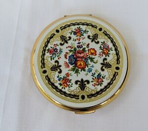 Vintage Stratton ladies powder Compact - Made in England