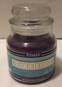 "Yankee Candle Black Band 14.5 oz Jar ""Seaside Holiday"" Single Wick Candle New"
