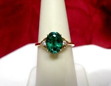 14K YELLOW GOLD OVAL GREEN TOPAZ GEM SOLITAIRE WITH ACCENT STONES RING SIZE 7.25