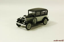 GAZ-3 (6) Taxi (black with gray), scale model cars 1:43