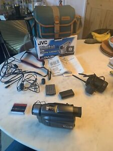 JVC GR-DVL20EK Mini DV Video Camera Camcorder Boxed with Bag And Accessories