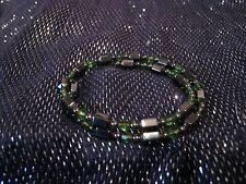 Muy bonita envoltura alrededor de la pulsera en tono Metálico Azul Verde Y Perlas
