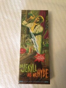 Chiller Theatre Moebius Dr. Jekyll as Mr. Hyde Glow in the Dark Model Kit Sealed