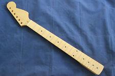 Glossy Varnish 22 Fret Canadian Maple Neck Fingerboard For Strat Guitar