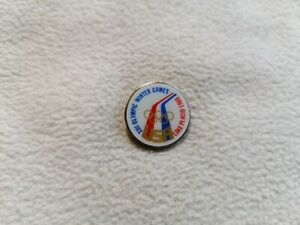 USA Olympic Team for XIII Olympic Winter Games Lake Placid 1980 pin