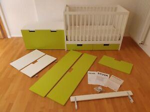 Baby-/Kinderbett von IKEA Modell Stuva mit Schubladen und Matratze 70x140cm