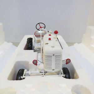 Franklin Mint Farmall Super A Demo White Tractor Ltd. Ed. 1/12 IH-B11C361-B