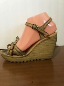"Vintage 70s Cherokee Brown Leather boho hippie 4"" Wedge Sandals - 8"