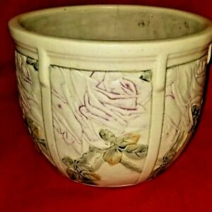 "Beautiful Weller Roma Rose Pottery Jardinière *"" height 10 diameter at the open"