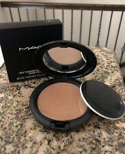 MAC Next To Nothing Pressed Powder - Dark    - Discontinued