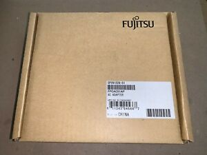 Genuine Fujitsu OEM FPCAC51AP Lifebook AC Adapter For T4410 T4310 T901 E8420 NEW