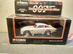 Corgi Toys James Bond 007 Aston Martin DB5  Boxed 1/32 scale