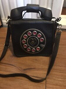 Betsey Johnson Kitsch Black Phone Bag Preowned