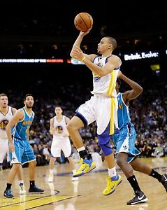 Stephen Curry Unsigned 8x10 Golden State Warriors (12)