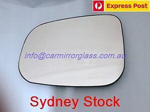 LEFT PASSENGER SIDE MIRROR GLASS FOR VOLVO S40 2007-2012