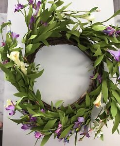 Wreath Floral Garland Flower Arrangement Front Door Table