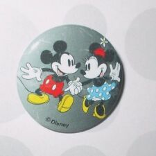 DISNEY MICKEY & MINNIE MOUSE HAND IN HAND METAL TIN PINBACK BUTTON PIN