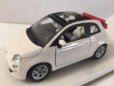 Fiat Nuova 500 Cabriolet 2010 White 1:24 Burago Bu22117W Modellino Diecast