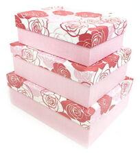 Contenitori e scatole impilabili rosso per la casa