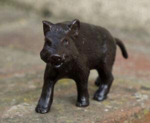 Petit sanglier en bronze sculpture animalier chasse objet de vitrine XIXE XXE