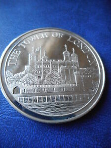 RARE TOWER OF LONDON SILVER CASED TOWER MINT MEDALLION