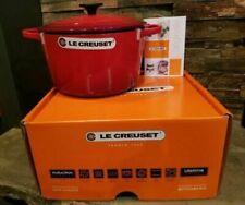 Le Creuset Round Dutch Oven 4.5 Qt - Red