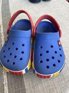 Crocs J1 Lego blau