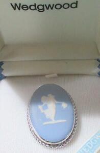 Wedgewood Blue Fairy Cameo Brooch/Pendant, England, Original Box