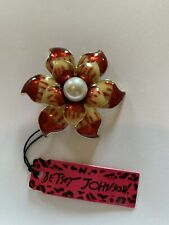 Betsey Johnson ENAMEL RED AND GOLD PEARL LOOK FLOWER BROOCH-BJ50632