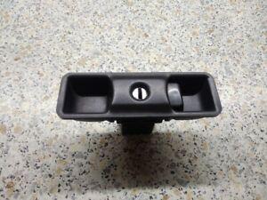 Glove compartment lock Isuzu Bighorn Trooper UBS69