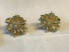 Small Flower Tg118 Cufflinks Made From English Modern Pewter