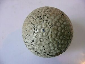 VINTAGE ' THE ARROW ' GOLF BALL
