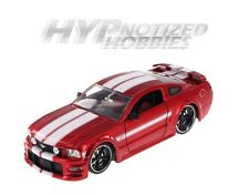 JADA 1:24 FORD 2006 MUSTANG GT WITH STRIPES DIE-CAST RED 90658YV