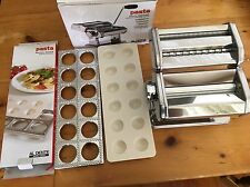 D.Line Pasta machine + ravioli  Maker Mould Tray Cutter Stamp 12 Ravioli large
