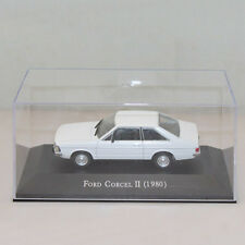 1:43 Ford Corcel II 1980 Diecast Toy White IXO Models