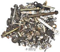 Triumph Sprint 900 T300A - Schrauben Reste Teile
