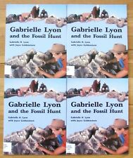 Lot 4 GABRIELLE LYON & THE FOSSIL HUNT Guided Reading Science Level O Rigby L20